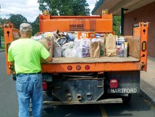 Temple Emanuel Food Donation with Public Works