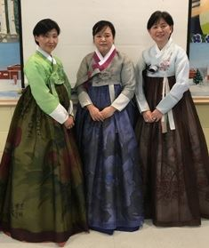 Ladies in Tradition Clothing